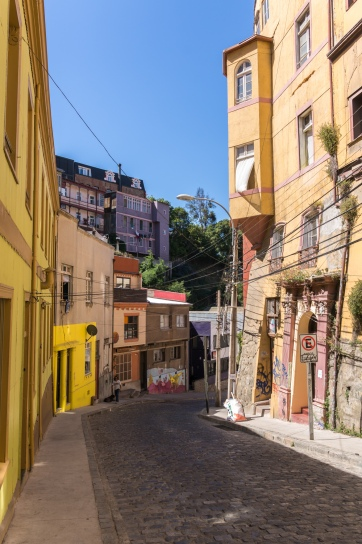 A quiet street in Valparaiso