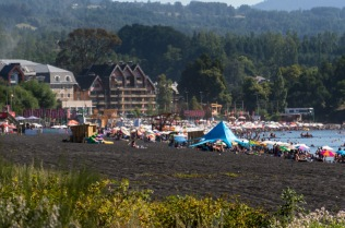 The incredibly busy lakefront at Pucon