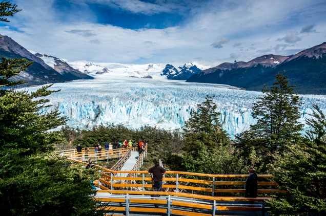 Now that's a big ice block - Glaciar Perito Moreno