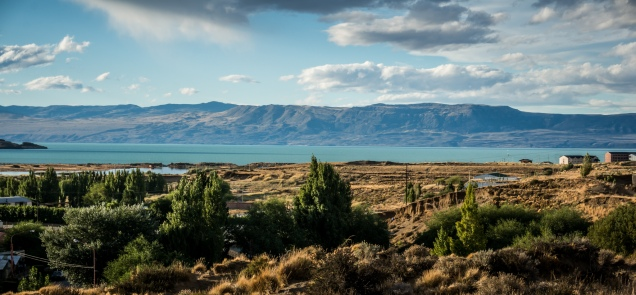 View over to Lago Argentino